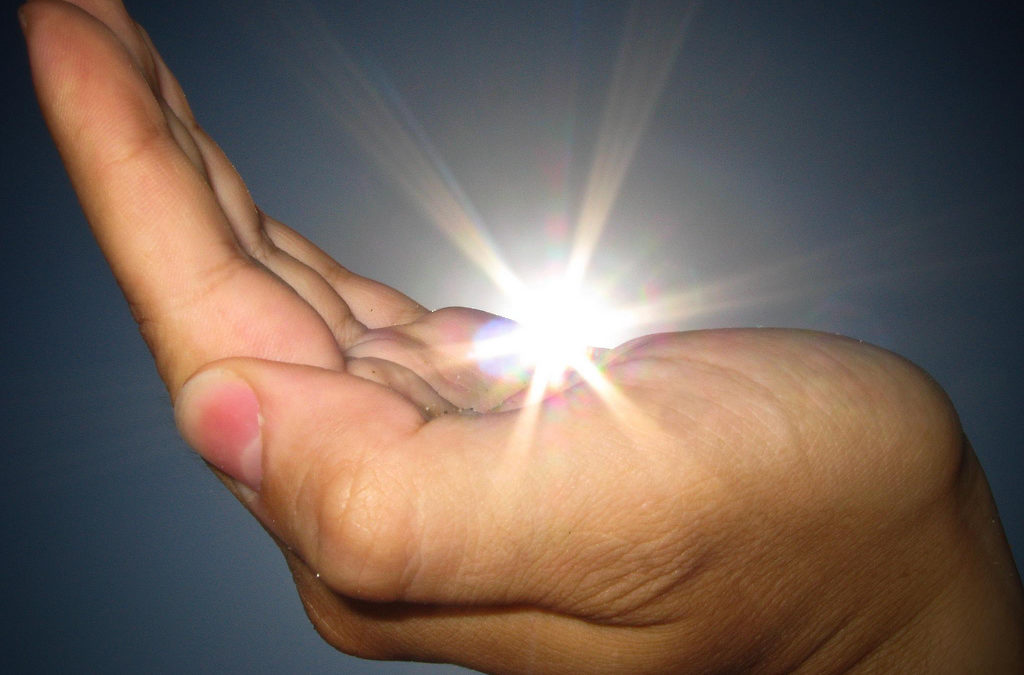 20 Signs That Show Your Are A Lightworker
